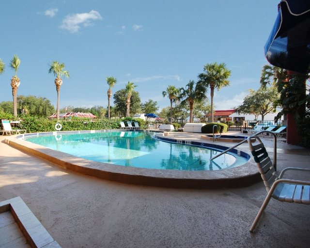 Enjoy the relaxing outdoor pool area & whirlpool hot-tub